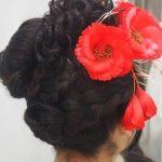 卒業式の袴に合う髪型!小物や髪飾りを選ぶ3つのポイントとは?